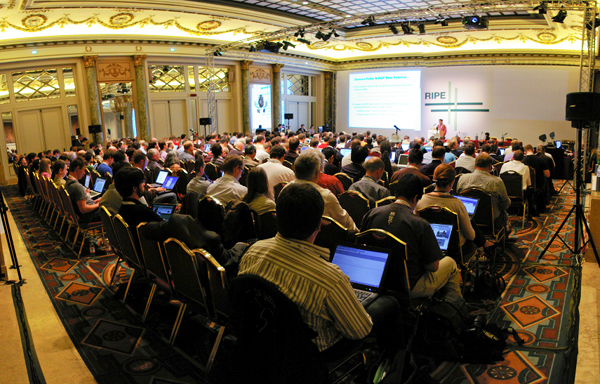 Plenary at RIPE 61